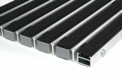 """Алюминиевые грязезащитные решетки h17 и h26 """"Резина - скребок"""""""