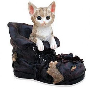 Котенок в башмаке (3.82)