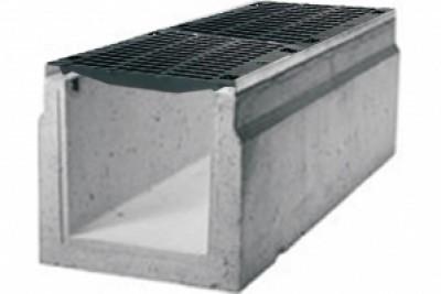 Водоотводные бетонные лотки серии MAXI с внутренним сечением 500 мм с чугунной решеткой кл.Е